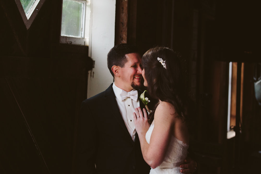 Glimmerstone-Mansion-Vermont-Wedding-Photography-Amanda-Morgan-88.jpg