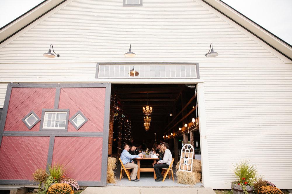 Glimmerstone-Mansion-Vermont-Wedding-Photography-Amanda-Morgan-121.jpg