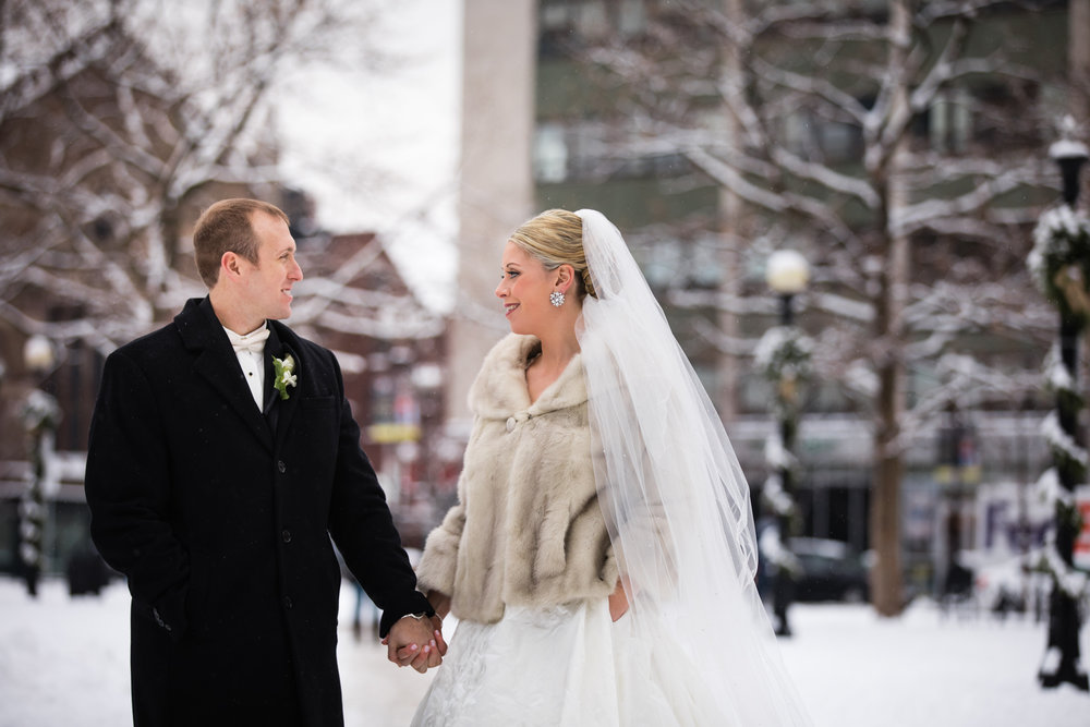 Boston-Fairmont-Copley-Plaza-Wedding-AmandaMorgan-Photography-42.jpg