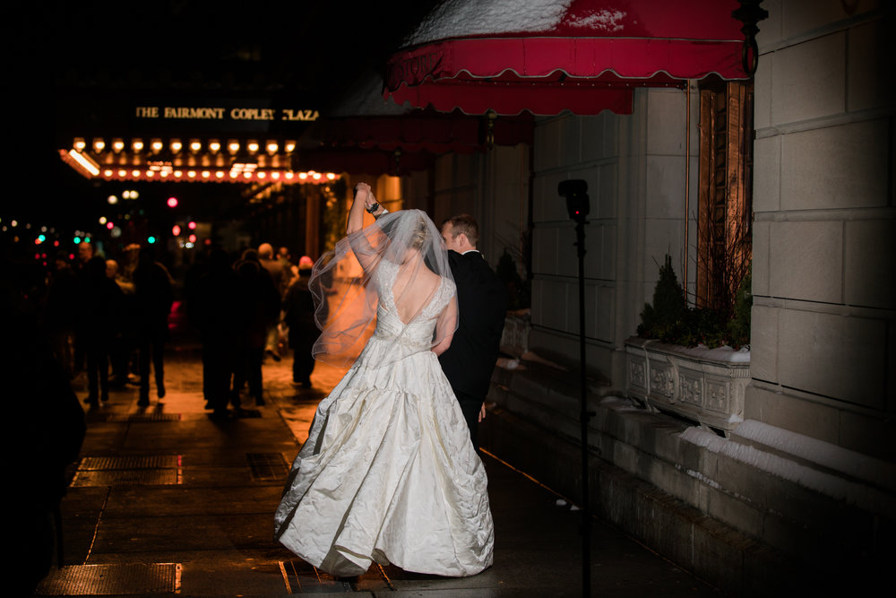 Boston-Fairmont-Copley-Plaza-Wedding-AmandaMorgan-Photography-79.jpg