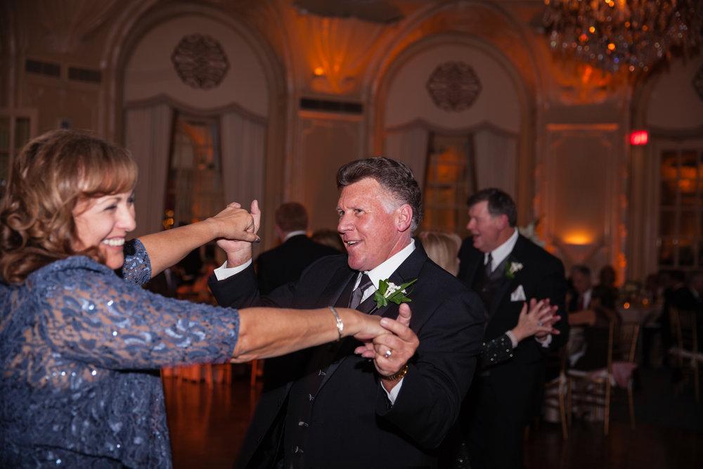 Boston-Fairmont-Copley-Plaza-Wedding-AmandaMorgan-Photography-86.jpg
