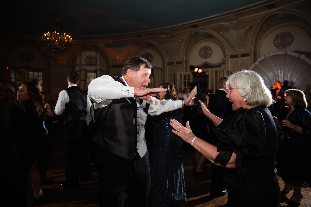 Boston-Fairmont-Copley-Plaza-Wedding-AmandaMorgan-Photography-90.jpg