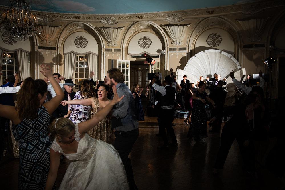 Boston-Fairmont-Copley-Plaza-Wedding-AmandaMorgan-Photography-96.jpg