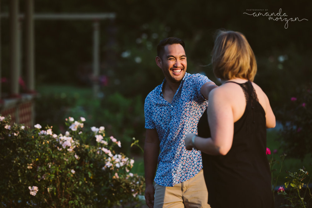 Roger-Williams-Park-Engagement-Session-Providence-RI-PhotographybyAmandaMorgan-8.jpg