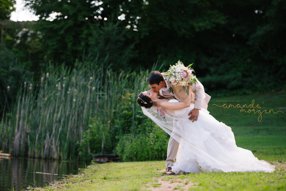 Photographybyamandamorgan-The-Pavillion-at-Crystal-Lake-Wedding.jpg