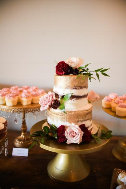Naked gold cake