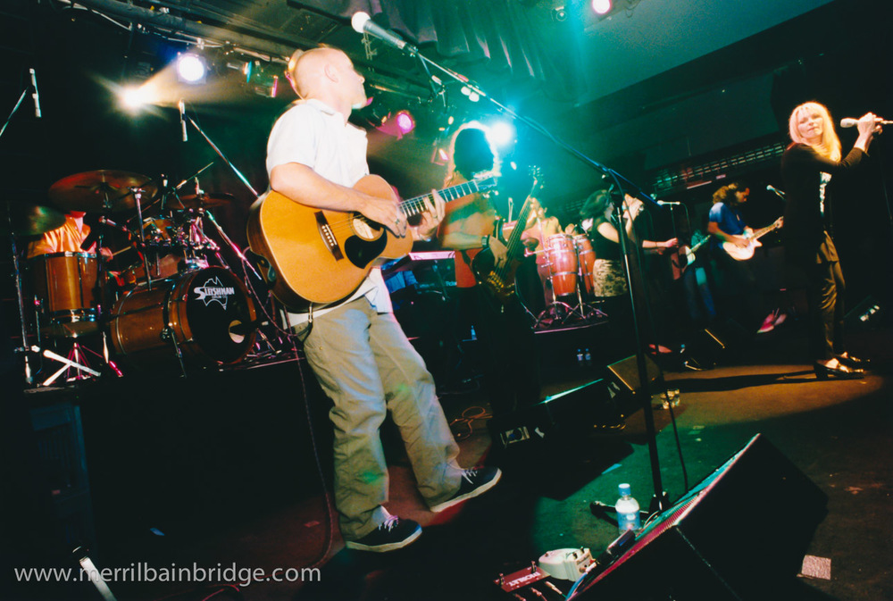 merril-bainbridge-owen-bolwell-band-live.jpg
