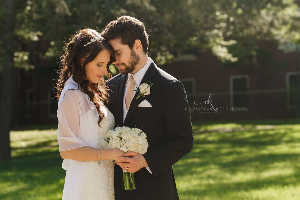 Bride and groom formal portrait in spring sun | Christina Keddie Photography | Central NJ wedding photographer