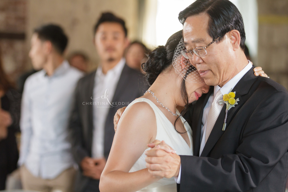 Father-daughter dance emotional moment | Christina Keddie Photography | Brooklyn NY wedding photographer