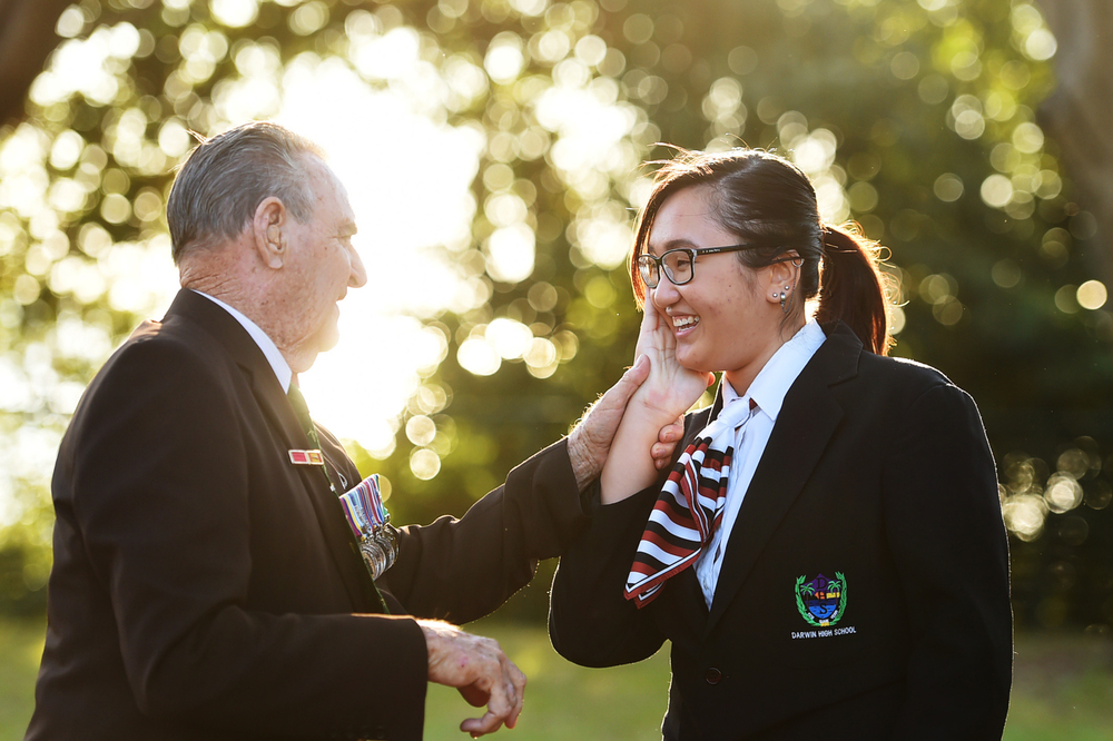 CHP_Export_123754744_Mr Keith Payne VC AM with Darwin High student Kawai Tang 18 at the Vietnam Vete.jpg