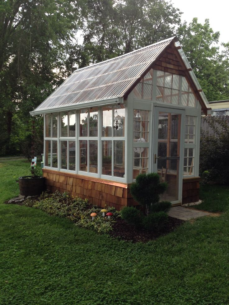 Greenhouse planning quick look at the pros cons of for Tiny house with greenhouse