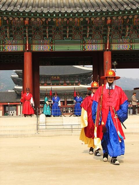 gyeongbokgung-1403383_640.jpg