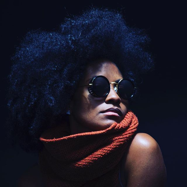 EL-E by @cameronkellymedia all about the #shades #fro #bigassscarf