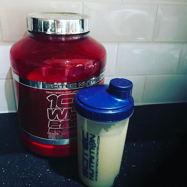 Coconut and mango tahini protein shake is one of the best treat after a long workout #staystrong #fitness #girlwholift #strongbodynutrition #strongbody#gym #weightloss #weightlossjourney #transformation #bodybuilding #postpregnancybody #postpregnancyworkout #nutrition #nutritionist #diet #dietplan #workoutmotivation