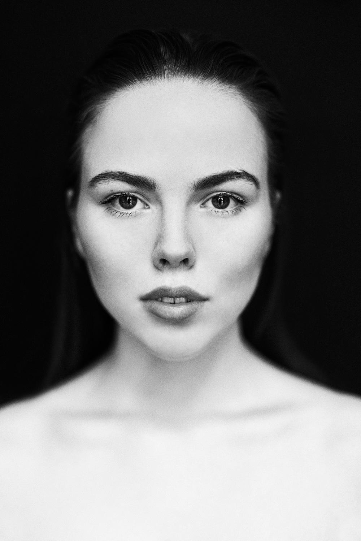 Jasmin by Moritz Fuchs