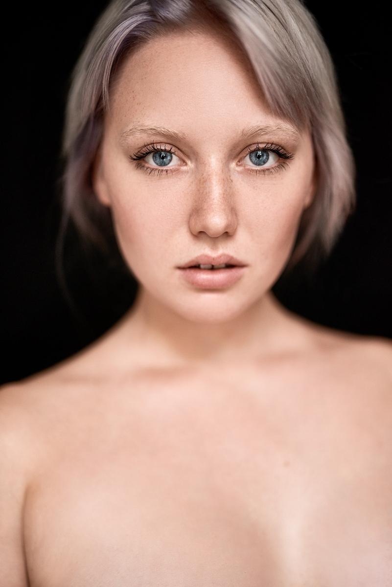 Jenny by Moritz Fuchs