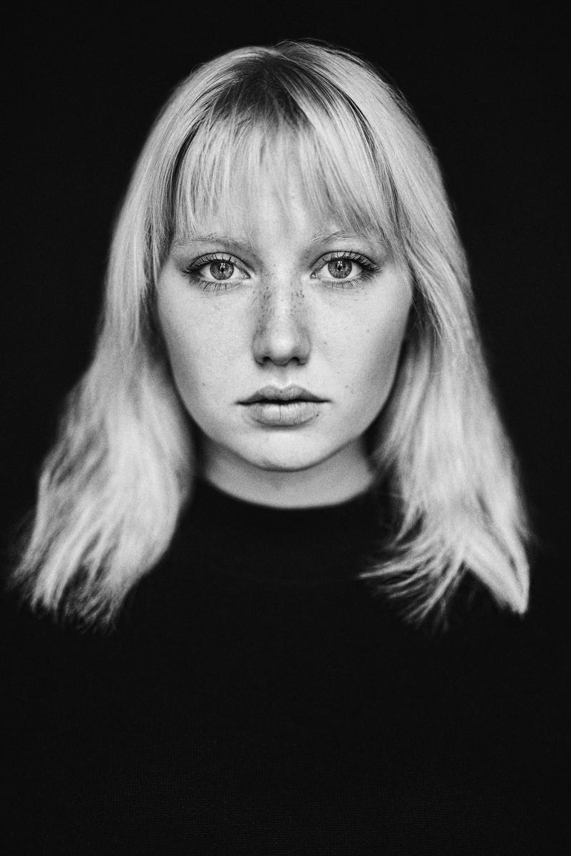 Jen Krause by Moritz Fuchs