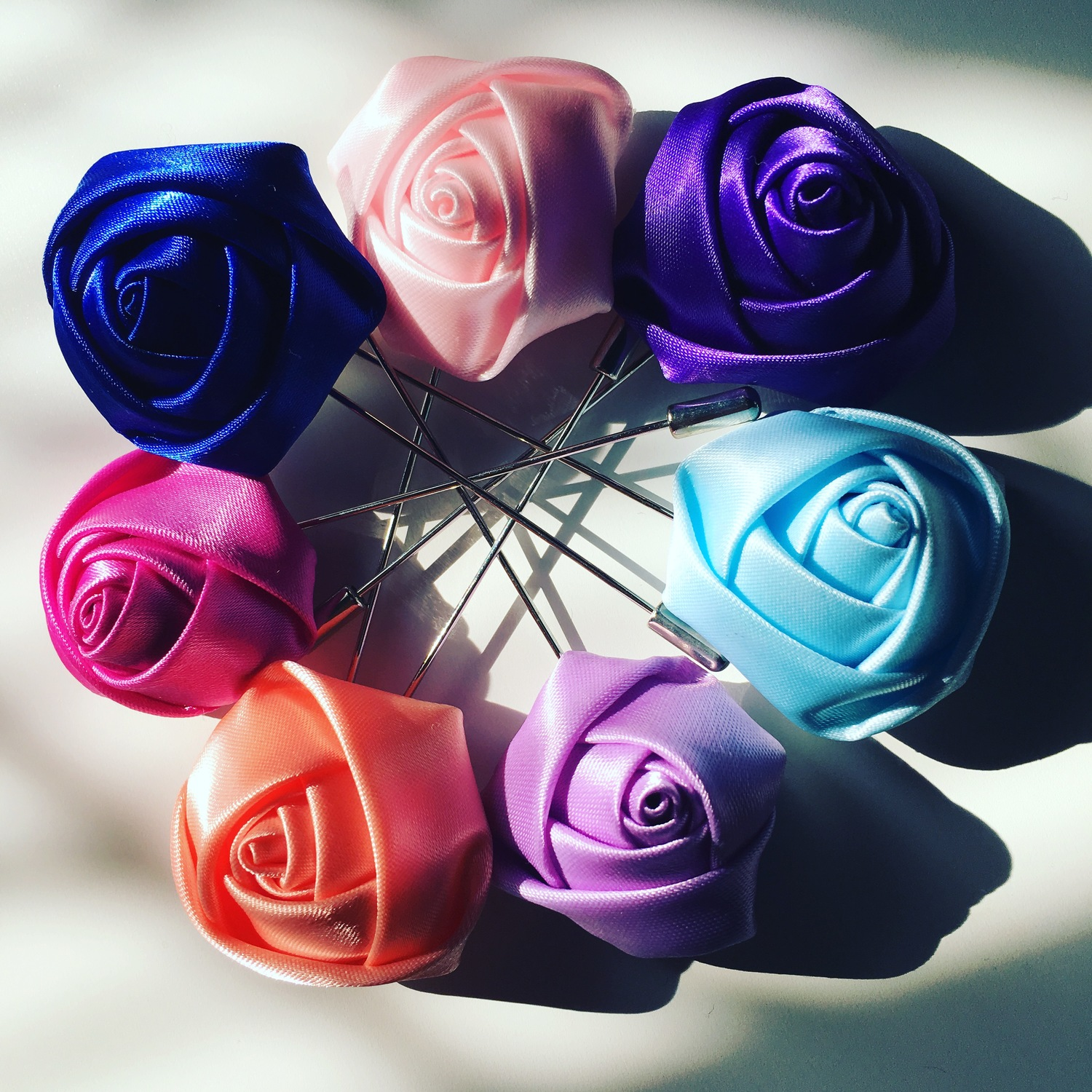 Silk rose lapel pins in many colours mens quality lapel pins silk rose lapel pins in many colours mightylinksfo