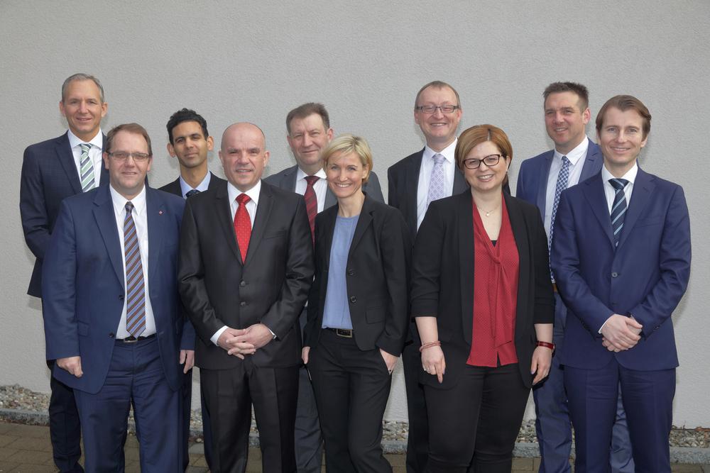 Von links nach rechts: Oliver Flühler, Walter Duss, Sunil Many, Otto Feldmann, Bruno Nötzli, Nicole Pfenninger, Herbert Huwiler, Andrea Keller, André Föllmi, Alexander Lacher