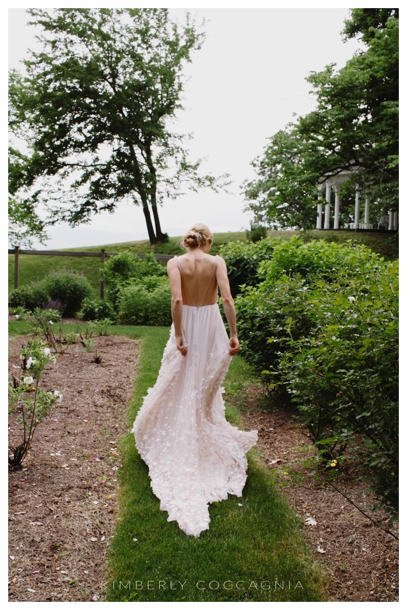 ©kimberly-Coccagnia_coppola-creative-calligraphy_southwood-wedding_hudsonvalley39.jpg