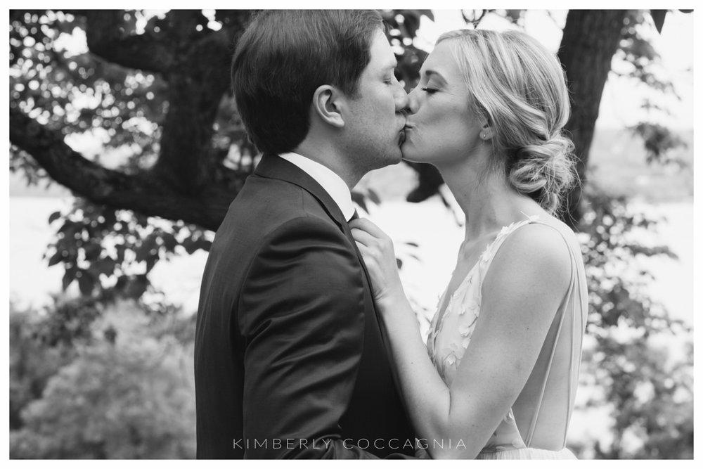 ©kimberly-Coccagnia_coppola-creative-calligraphy_southwood-wedding_hudsonvalley43.jpg