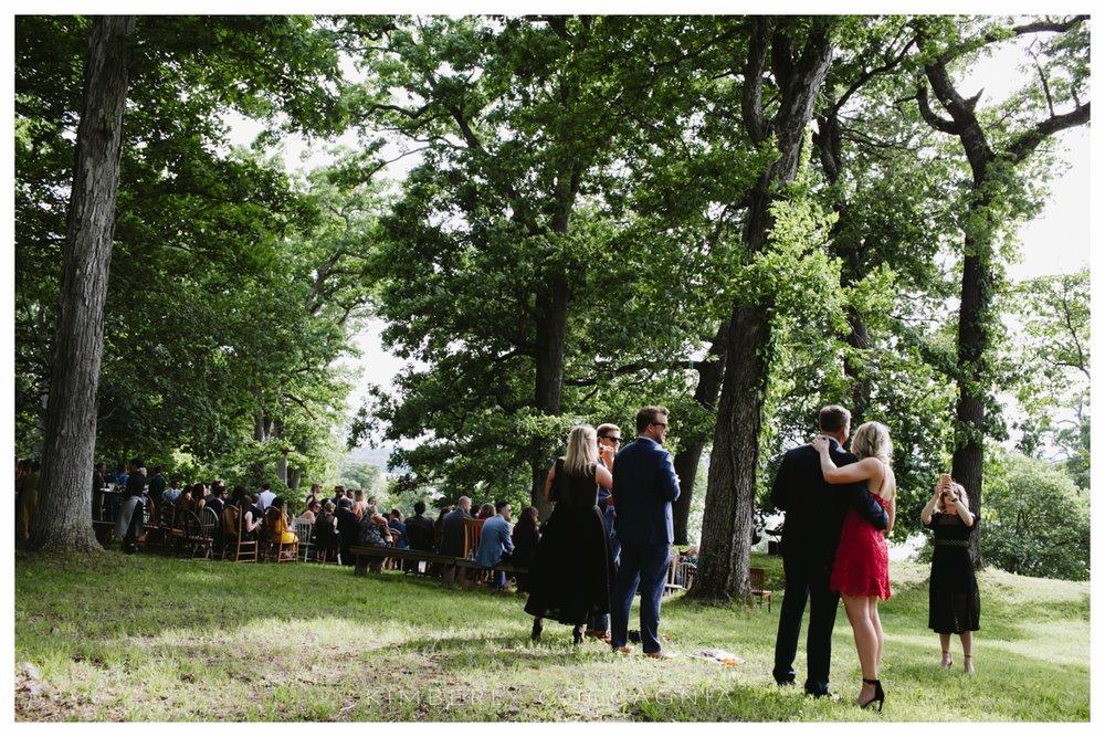 ©kimberly-Coccagnia_coppola-creative-calligraphy_southwood-wedding_hudsonvalley79.jpg