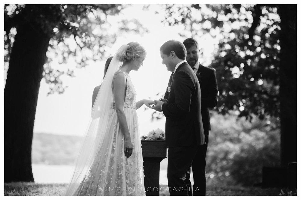 ©kimberly-Coccagnia_coppola-creative-calligraphy_southwood-wedding_hudsonvalley123.jpg