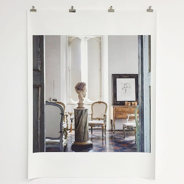 For our @reathdesign holiday celebration, we had a beautiful lunch at @manueladtla, enjoyed the art at @hauserwirth and ended the afternoon at @v_over_m to gaze upon these gorgeous photographs of Cy Twombly's Rome residence taken by Horst P. Horst. I can't really imagine a better day. #ilovemyjob #happyholidays 🎄