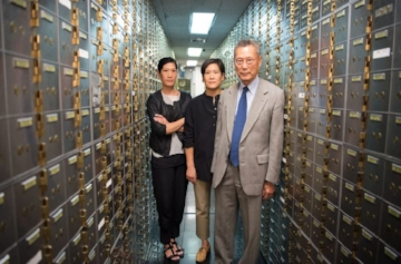2-Vera-Sung-Jill-Sung-Thomas-Sung-from-ABACUS-a-PBS-Distribution-release.-Photo-courtesy-of-Sean-Lyness_preview-759x500.jpeg