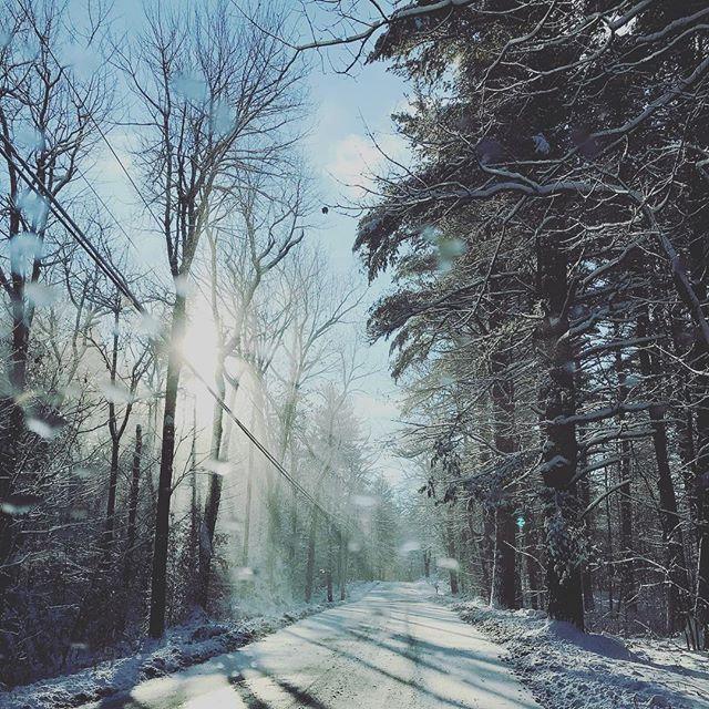 Such a beautiful morning! December snow! #snowfall #newenglandphotography #iphone #massachusetts