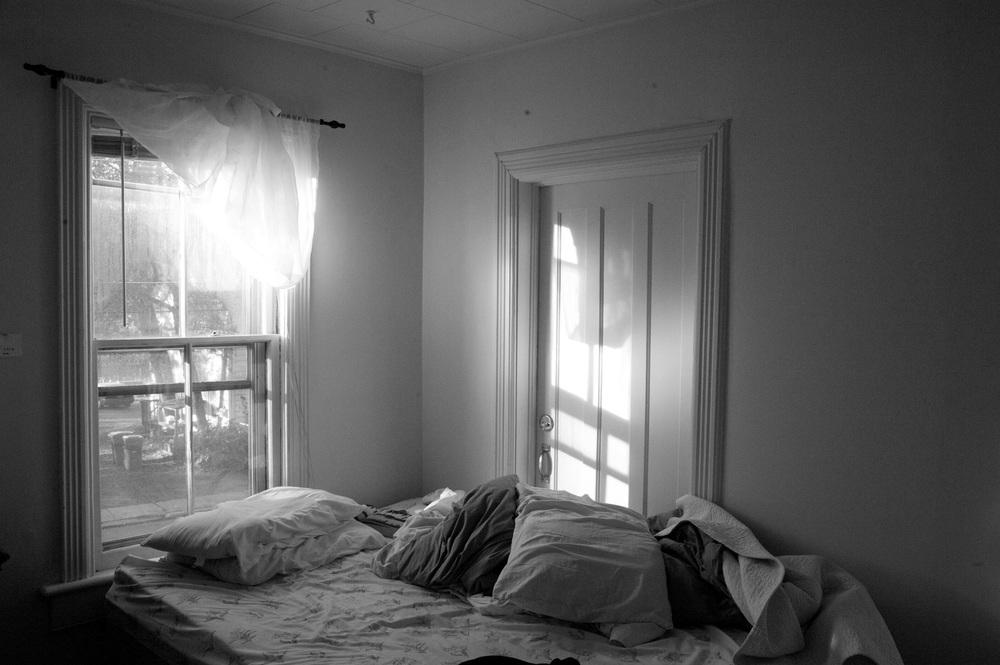 bed near window 007.jpg