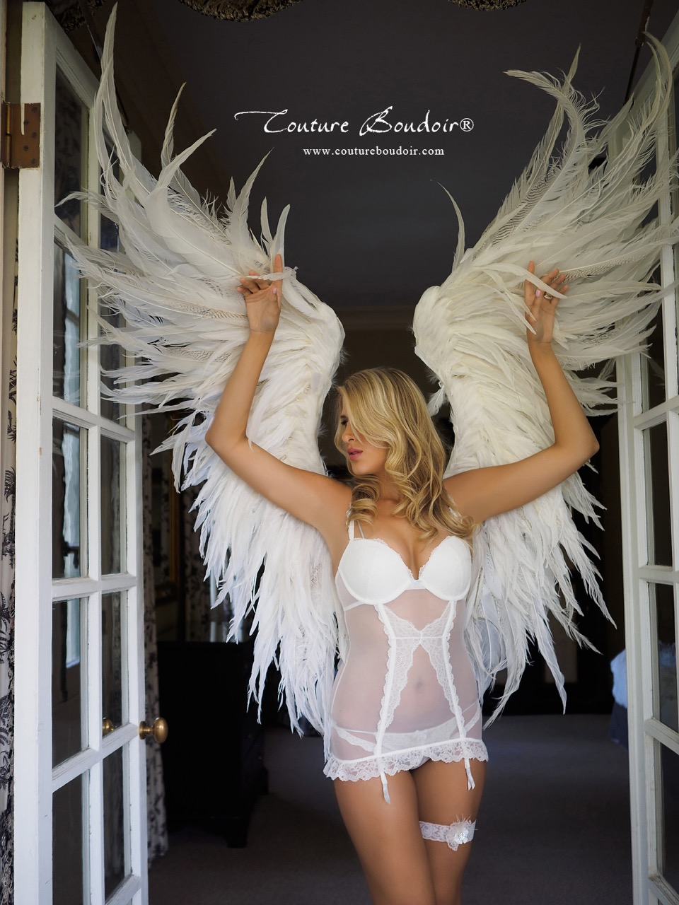 Messy Angel - $1500
