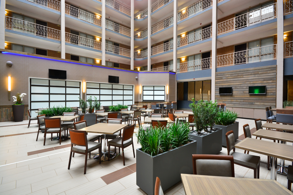 10/Embassy Suites Stapleton