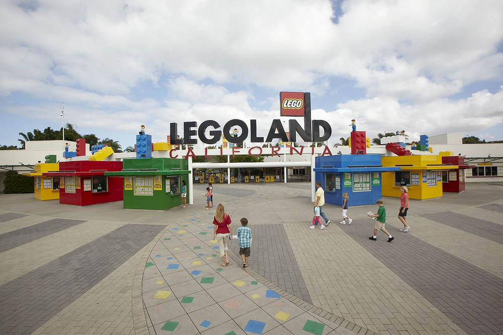 9/LEGOLAND California Resort