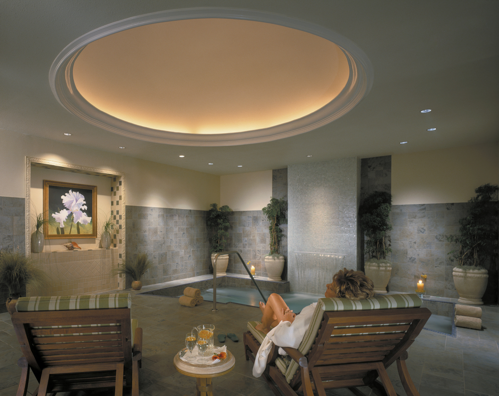 9/Five-star spa