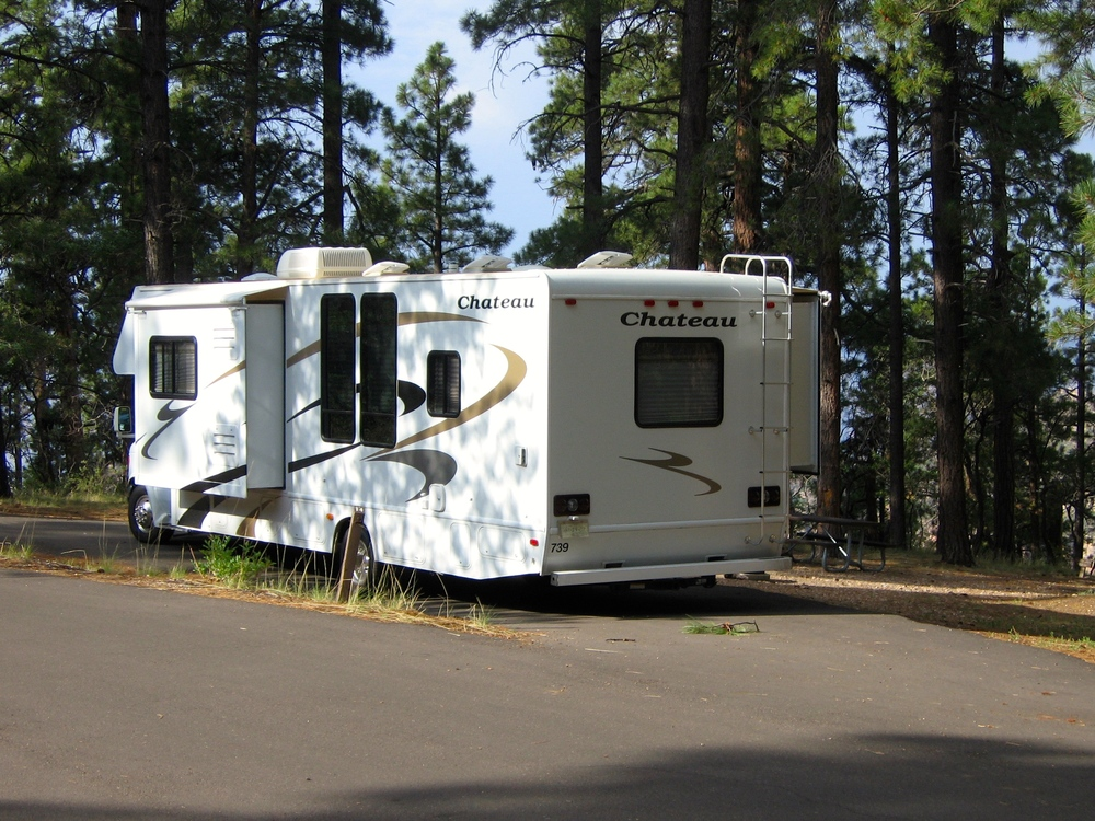 3/Rent RV with slideouts