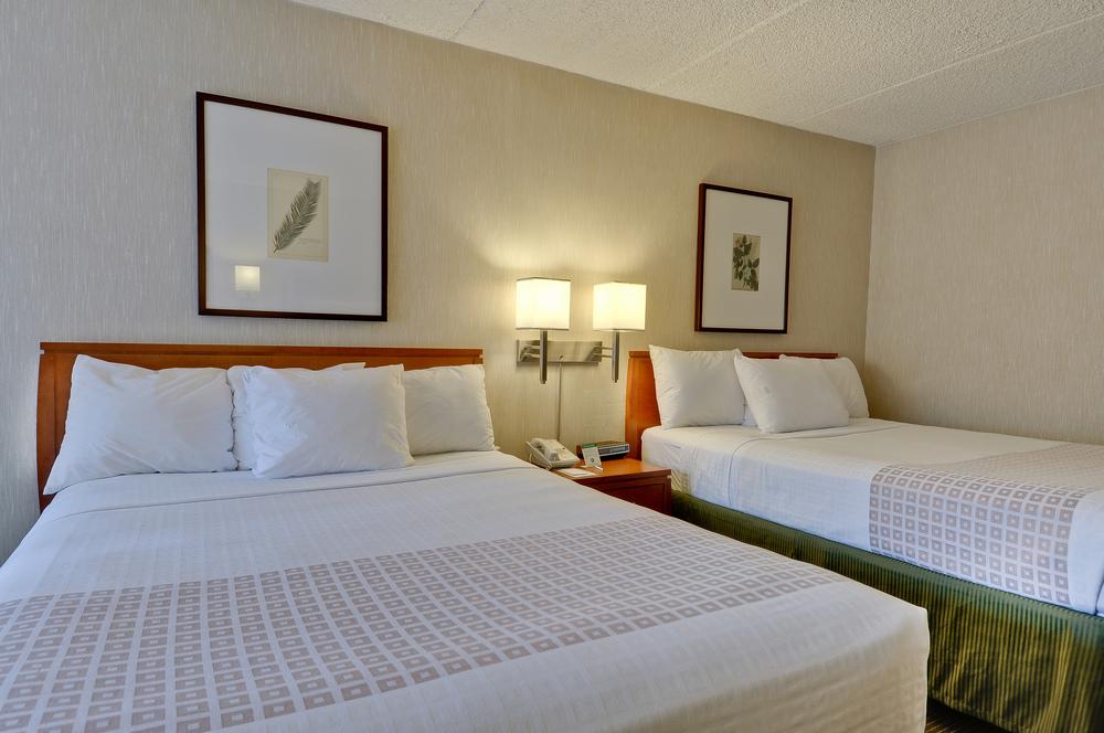 7/Vagabond Inn Executive Suites