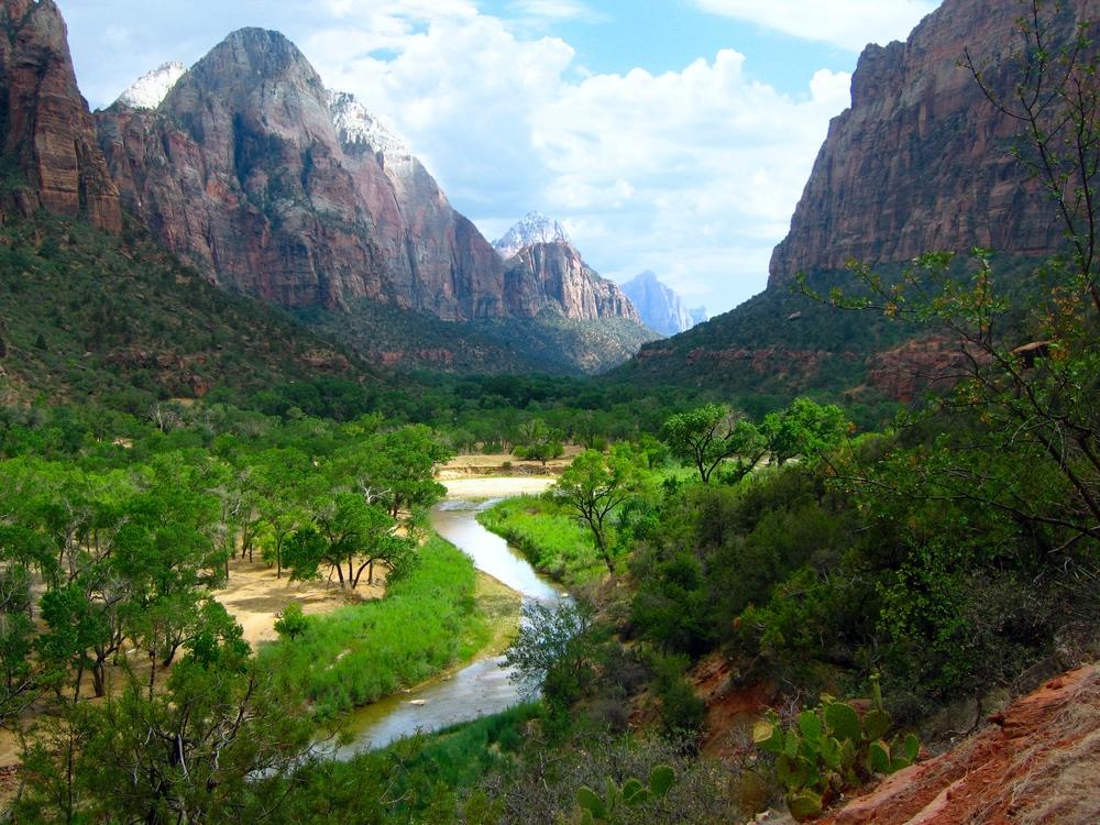 8/National Parks