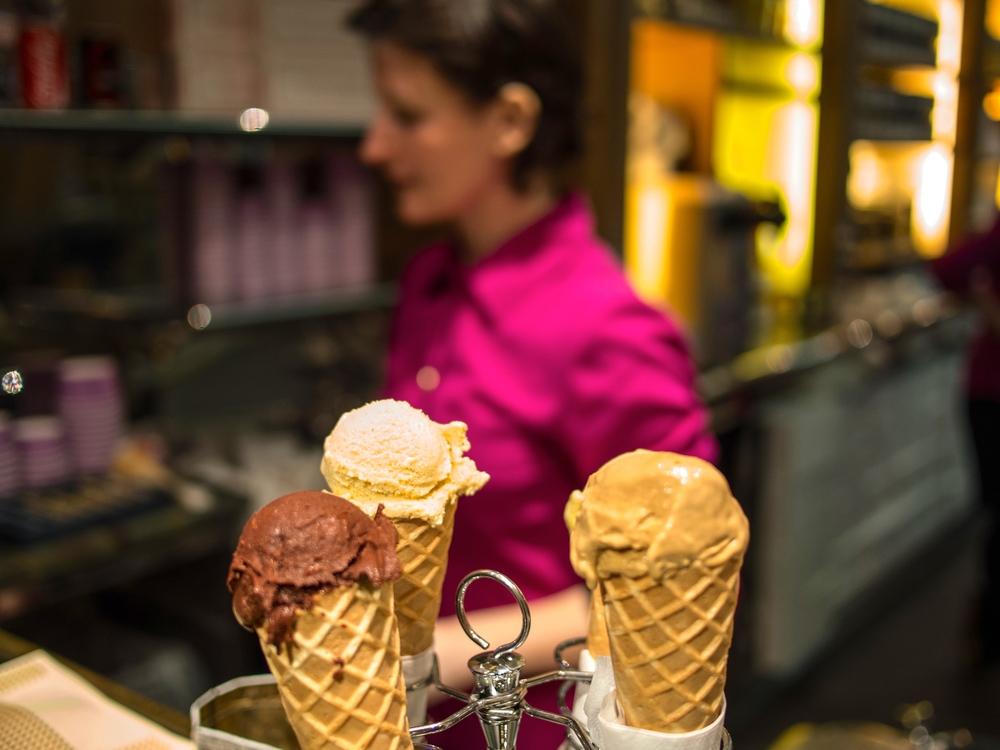 7/Order ice cream at Berthillion Glacier