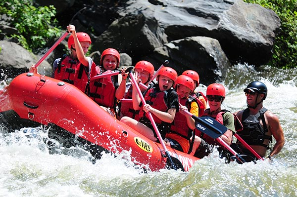 9/Whitewater rafting