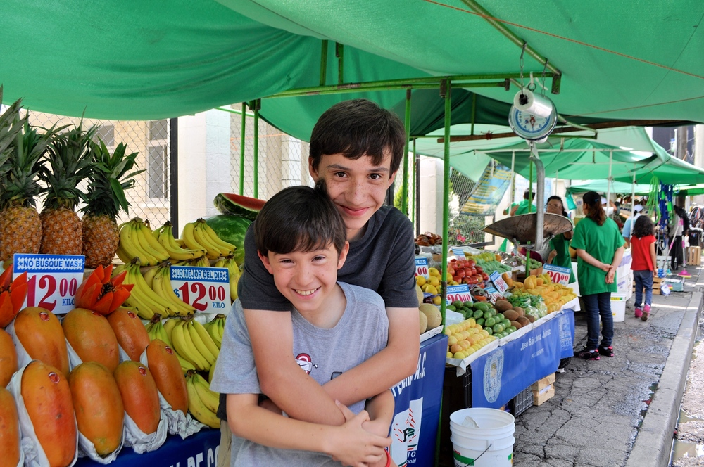 9/Live like locals in Lomas de Sotelo