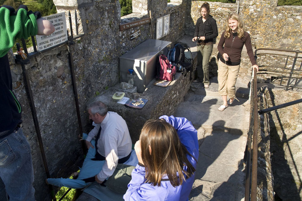 8/Kiss the Blarney Stone