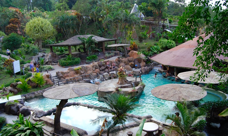 4/Stay at Los Lagos in Fortuna