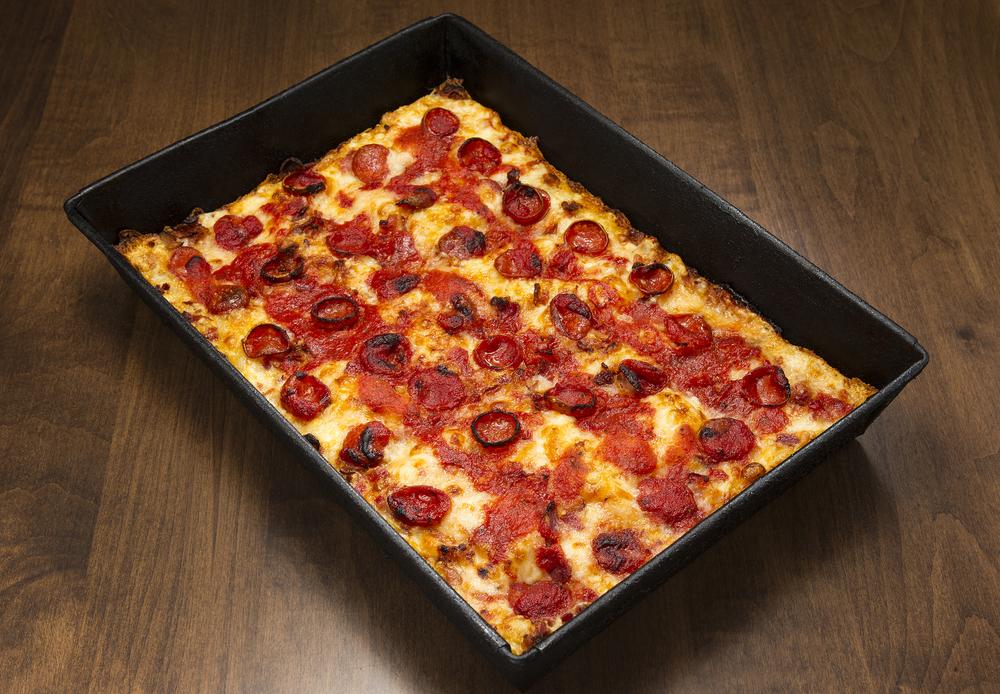 5/Buddy's Pizza