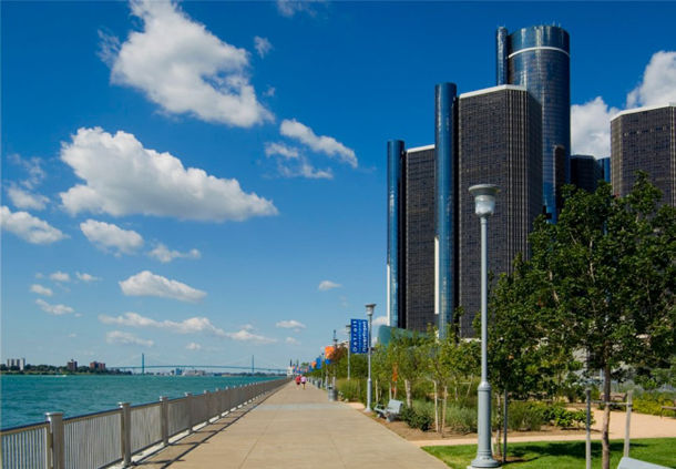 10/Detroit Marriott at the Renaissance Center