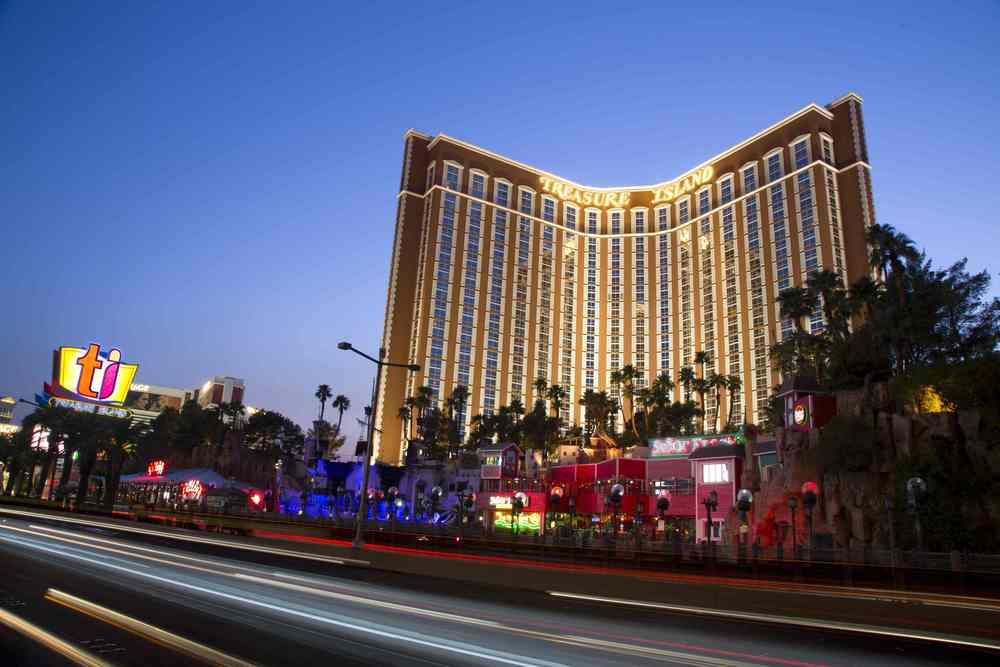 4/Treasure Island Las Vegas