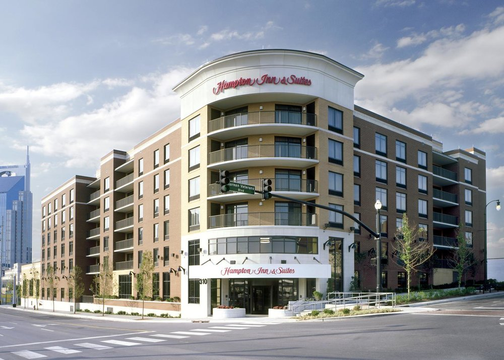 3/Hampton Inn & Suites Nashville-Downtown