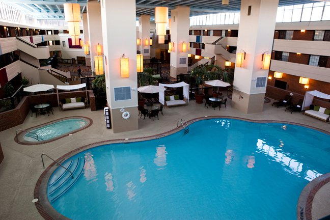 4/The Inn at Opryland: A Gaylord Hotel