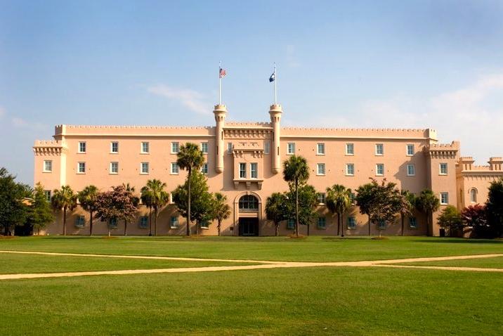 4/Embassy Suites Historic Charleston