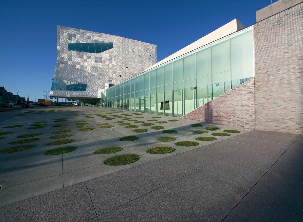 9/Walker Art Center